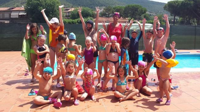 Eurolinks English Summer Camp - campus estivo in inglese full immersion Amelia - swimming pool